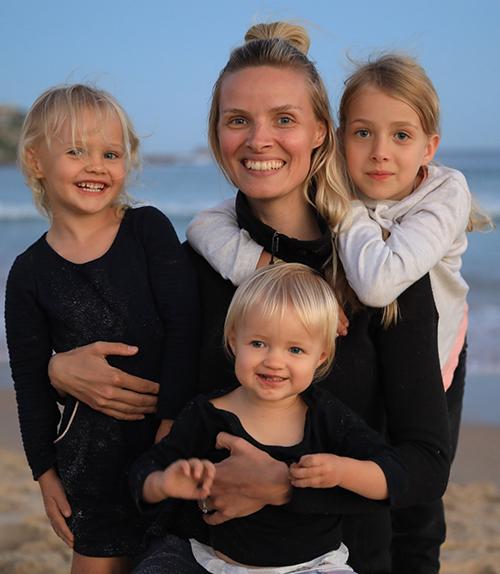 Anna-Maria Family